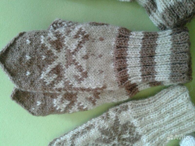 Варежки и носочки ручной вязки. Ханты-Мансийский АО, Сургут