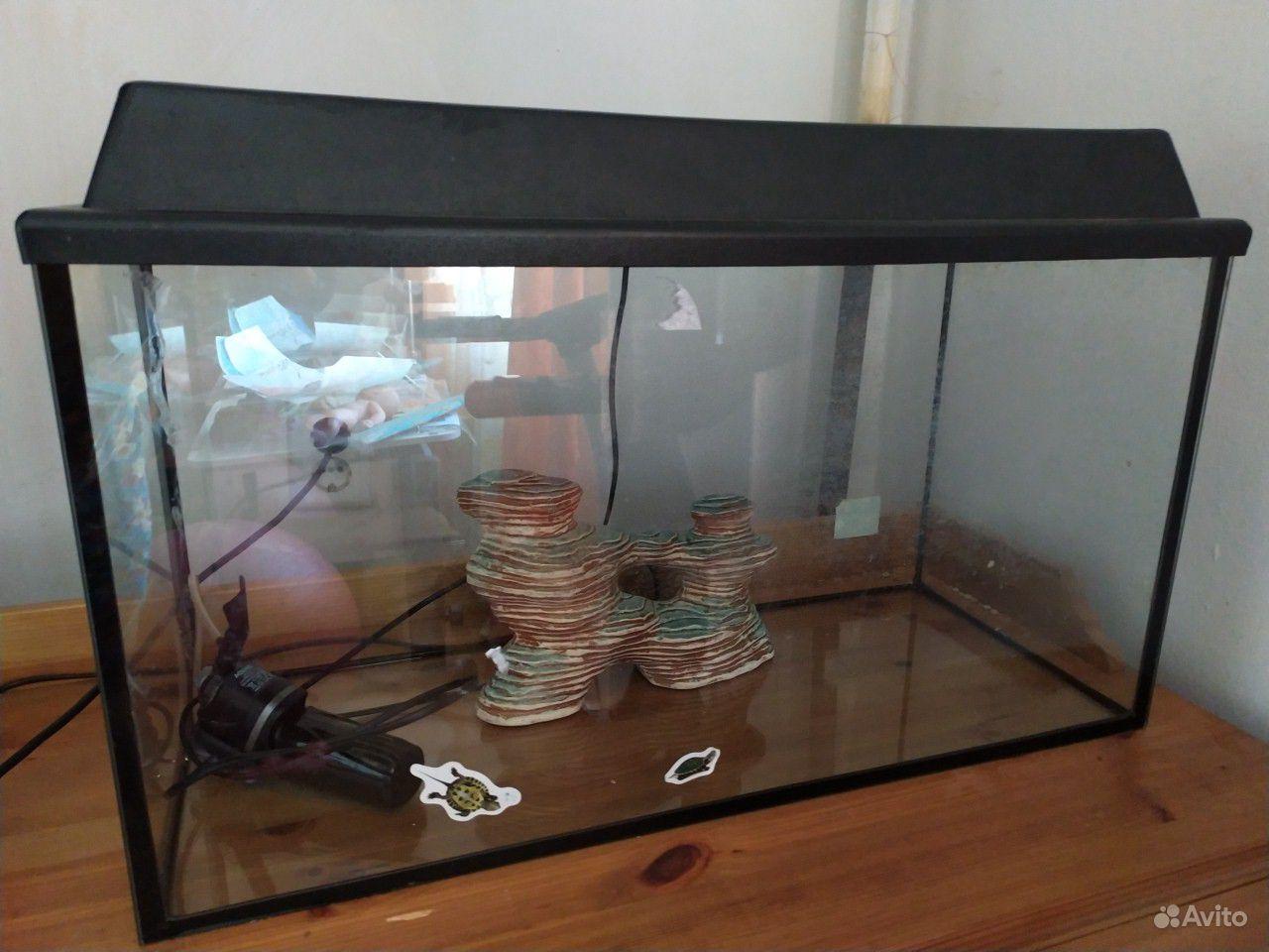 Продаю аквариум с фильтром, островком