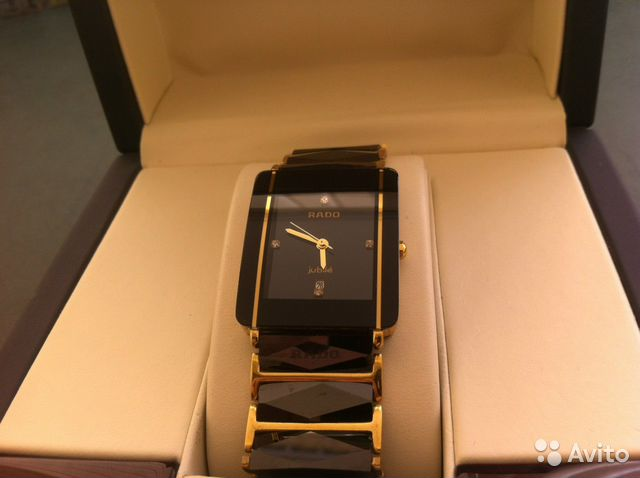 Покупка наручных часов как у тимати в городе