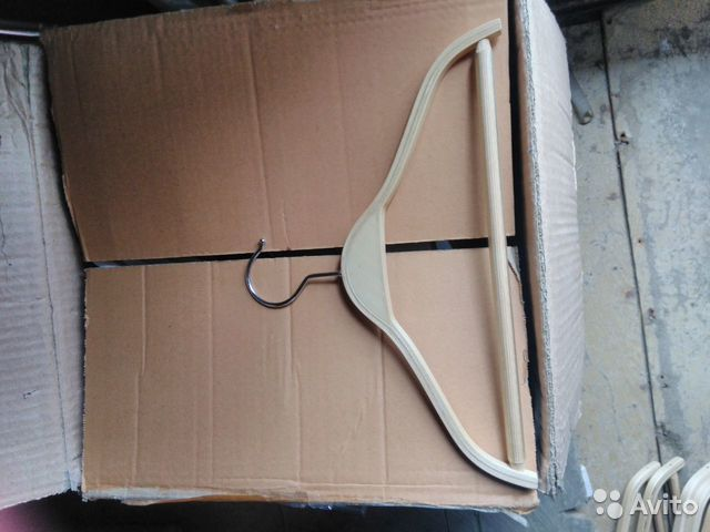 Новые деревянные плечики вешалки 89502092284 купить 4