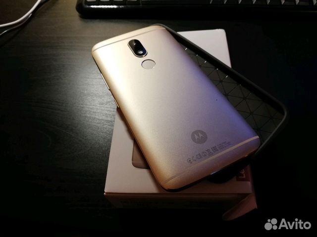 Motorola Moto M XT1663 32Gb+3Gb Dual LTE Gold