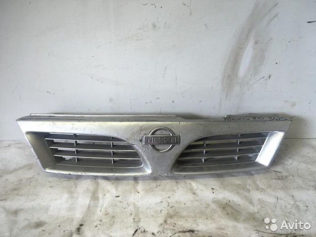 89657347629  Решетка радиатора (Nissan Almera)