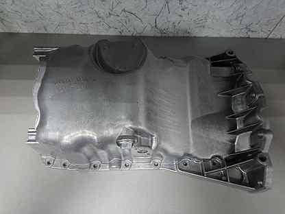 Поддон масляный VW Passat(B5) 1,6 06B103601AM новы
