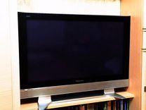 Телевизор Panasonic,диагональ 105