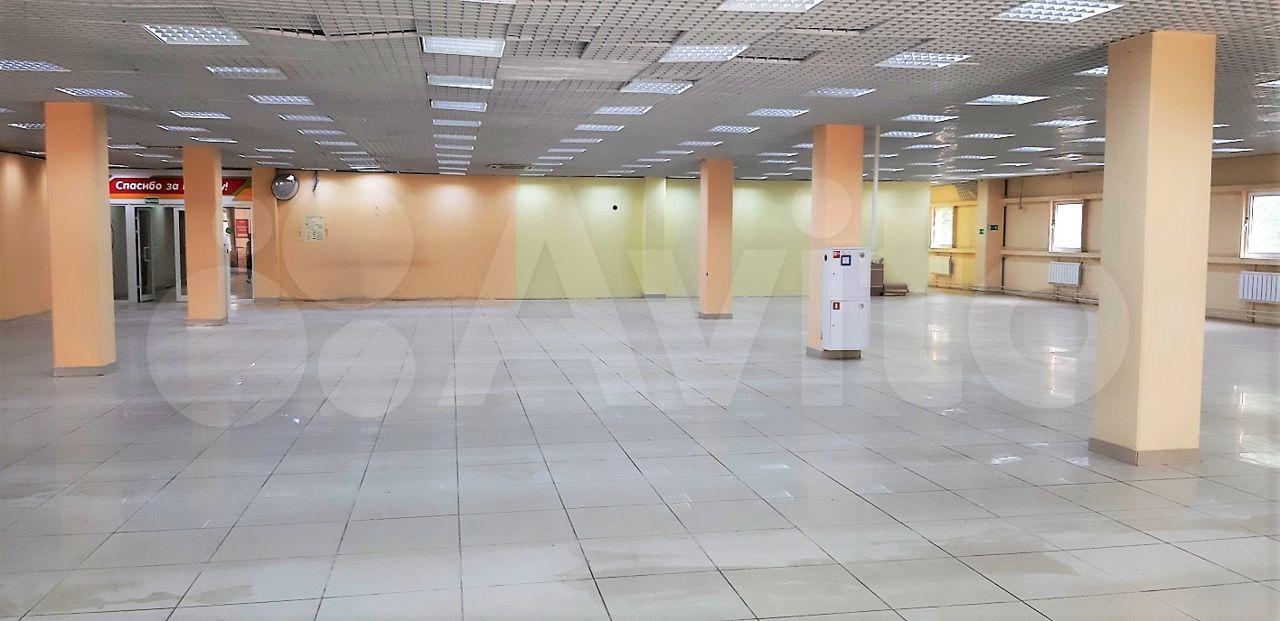 Торговое помещение, 2300 м²  285010 купить 8