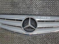 Решетка радиатора Mercedes Benz W204 — Запчасти и аксессуары в Санкт-Петербурге